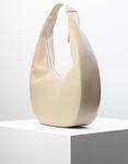 Εικόνα από Γυναικεία τσάντα ώμου σε οβάλ σχήμα Μπεζ