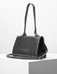 Εικόνα από Γυναικεία τσάντα ώμου & χιαστί με διακοσμητικό αξεσουάρ Μαύρο