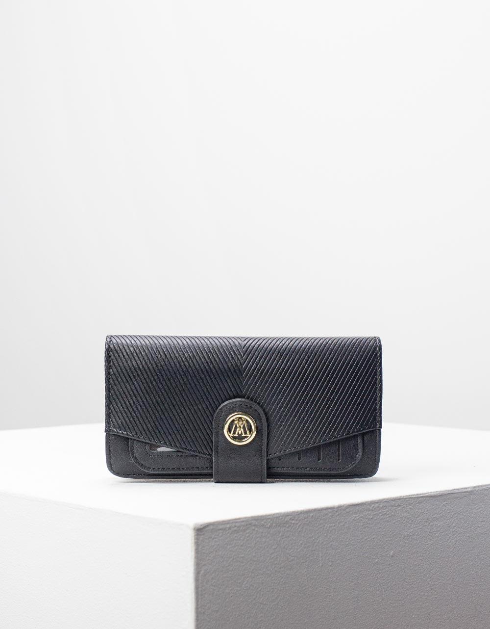 Εικόνα από Γυναικεία πορτοφόλια με καπάκι Μαύρο