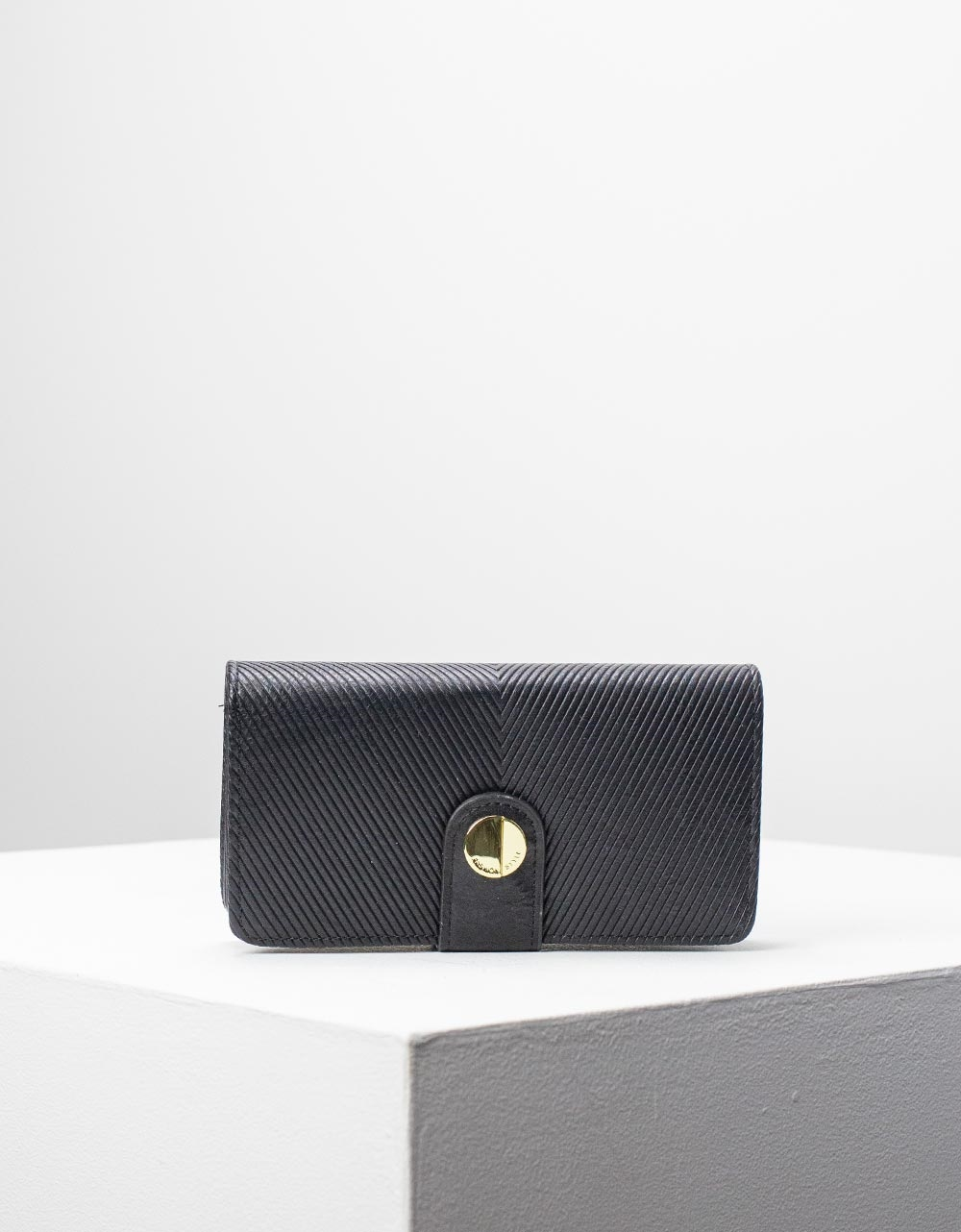 Εικόνα από Γυναικεία πορτοφόλια basic μονόχρωμα Μαύρο