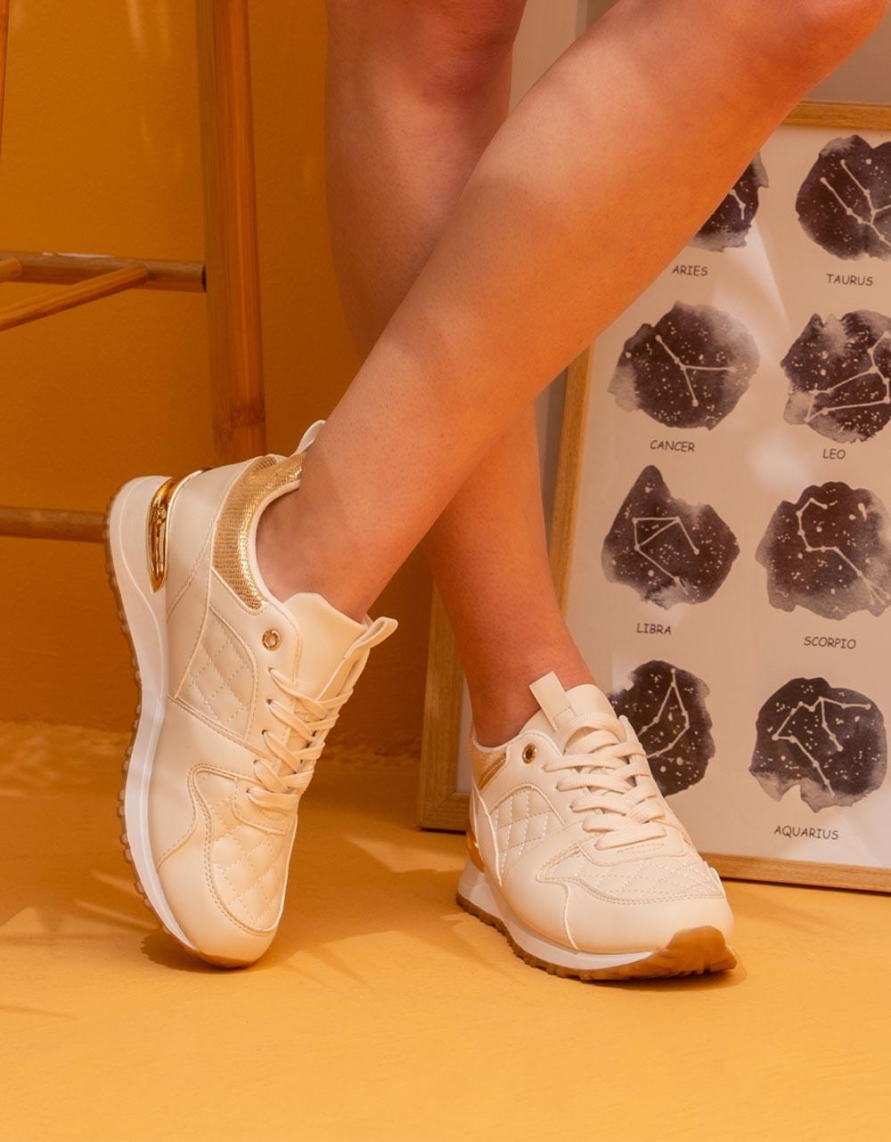 Εικόνα από Γυναικεία sneakers με καπιτονέ λεπτομέρεια Μπεζ
