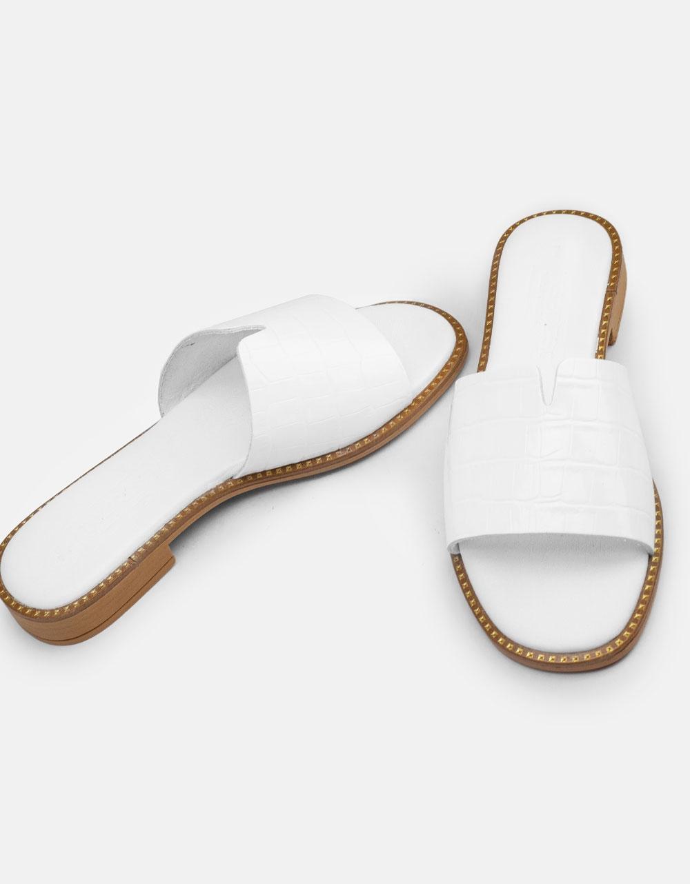 Εικόνα από Γυναικεία σανδάλια από γνήσιο δέρμα με κροκό σχέδιο Λευκό