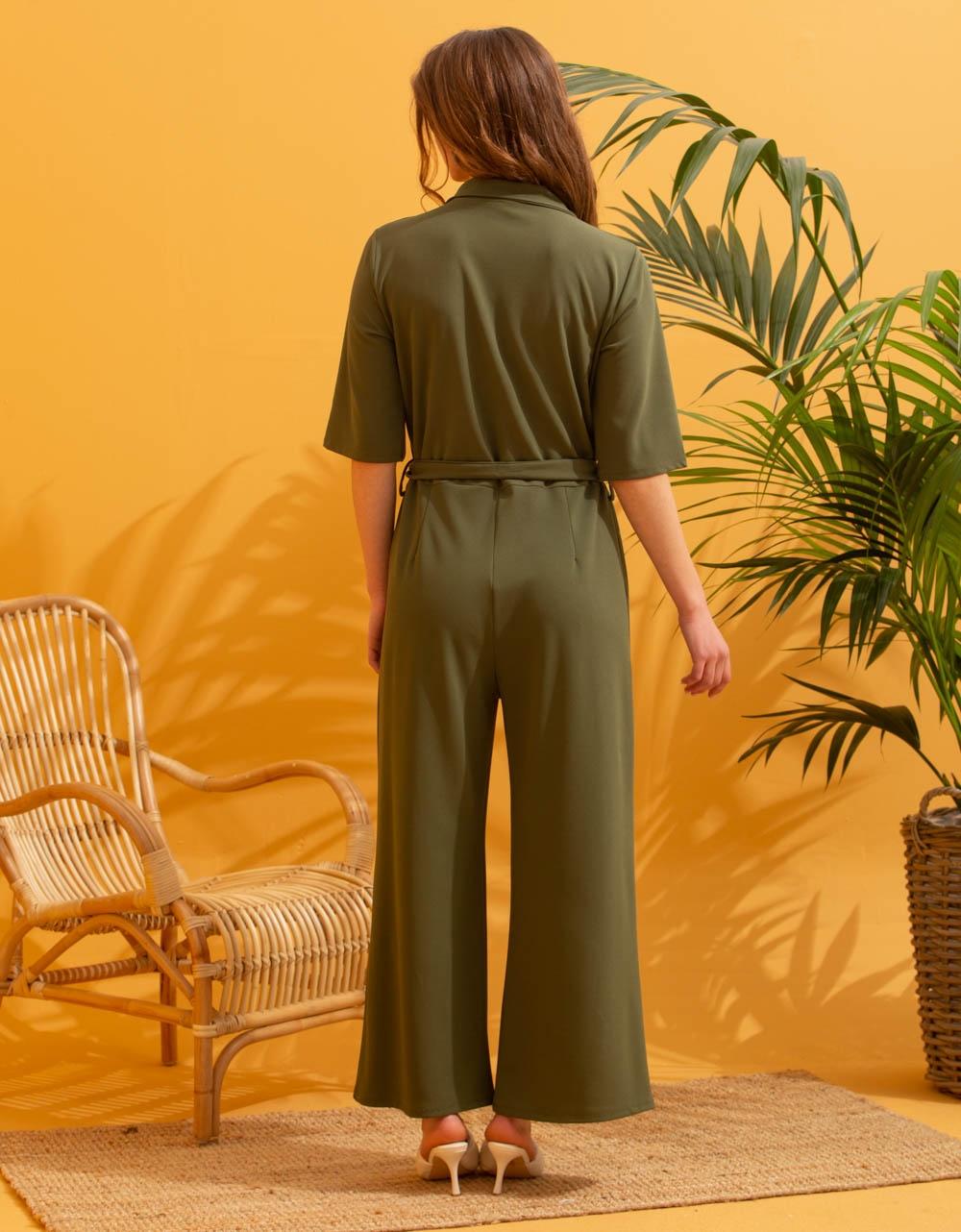 Εικόνα από Γυναικεία ολόσωμη φόρμα με ζωνάκι Πράσινο