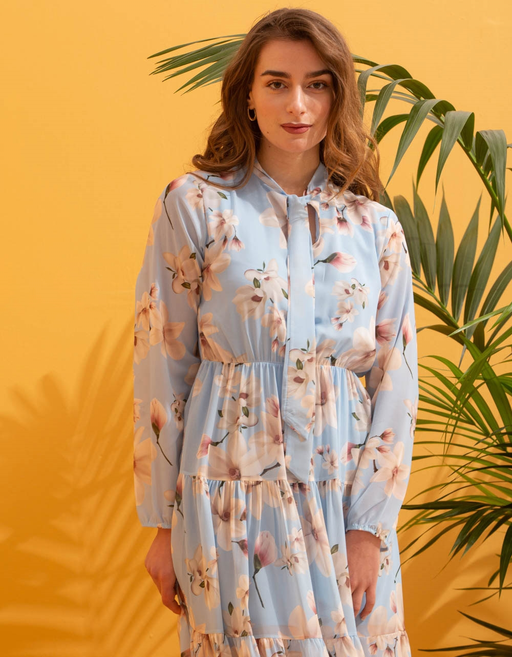 Εικόνα από Γυναικείο maxi φόρεμα floral με βολάν Σιέλ