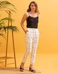 Εικόνα από Γυναικείο παντελόνι με καρό σχέδιο Λευκό/Μαύρο