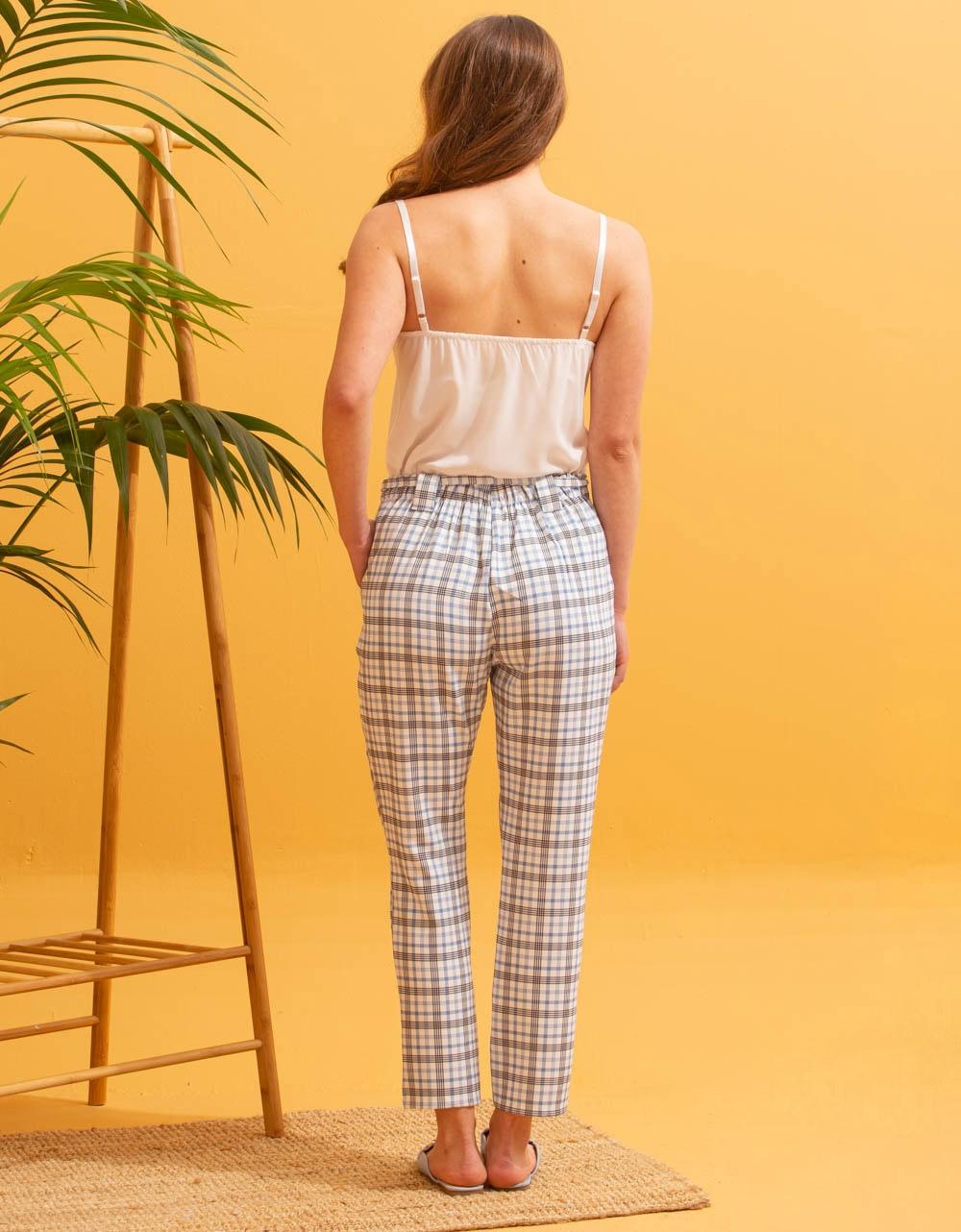 Εικόνα από Γυναικείο παντελόνι με καρό σχέδιο Λευκό/Σιέλ