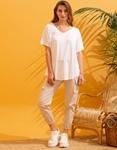 Εικόνα από Γυναικεία μονόχρωμη μπλούζα κοντομάνικη Λευκό