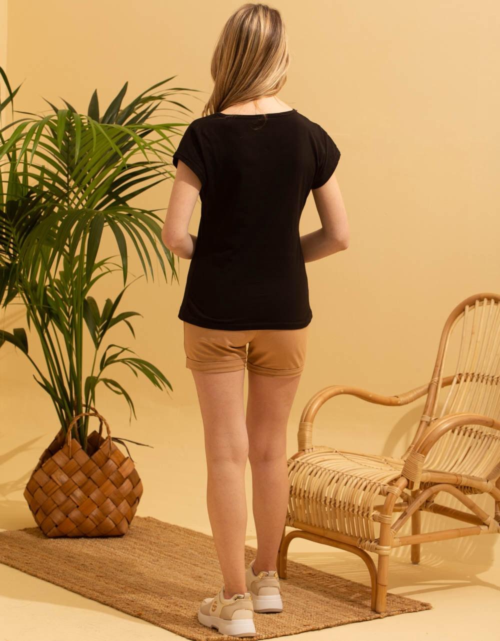 Εικόνα από Γυναικεία μπλούζα t-shirt με στάμπα Μαύρο