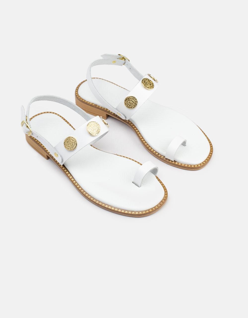 Εικόνα από Γυναικεία σανδάλια από γνήσιο δέρμα με μεταλλικές λεπτομέρειες Λευκό