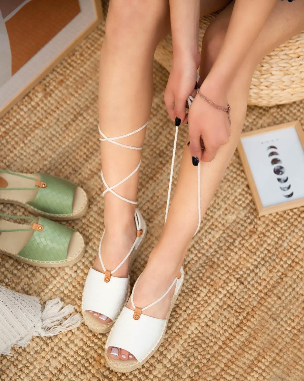 Εικόνα από Γυναικείες εσπαντρίγιες lace up Λευκό