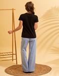 Εικόνα από Γυναικεία κοντομάνικη μπλούζα με σχέδιο Μαύρο