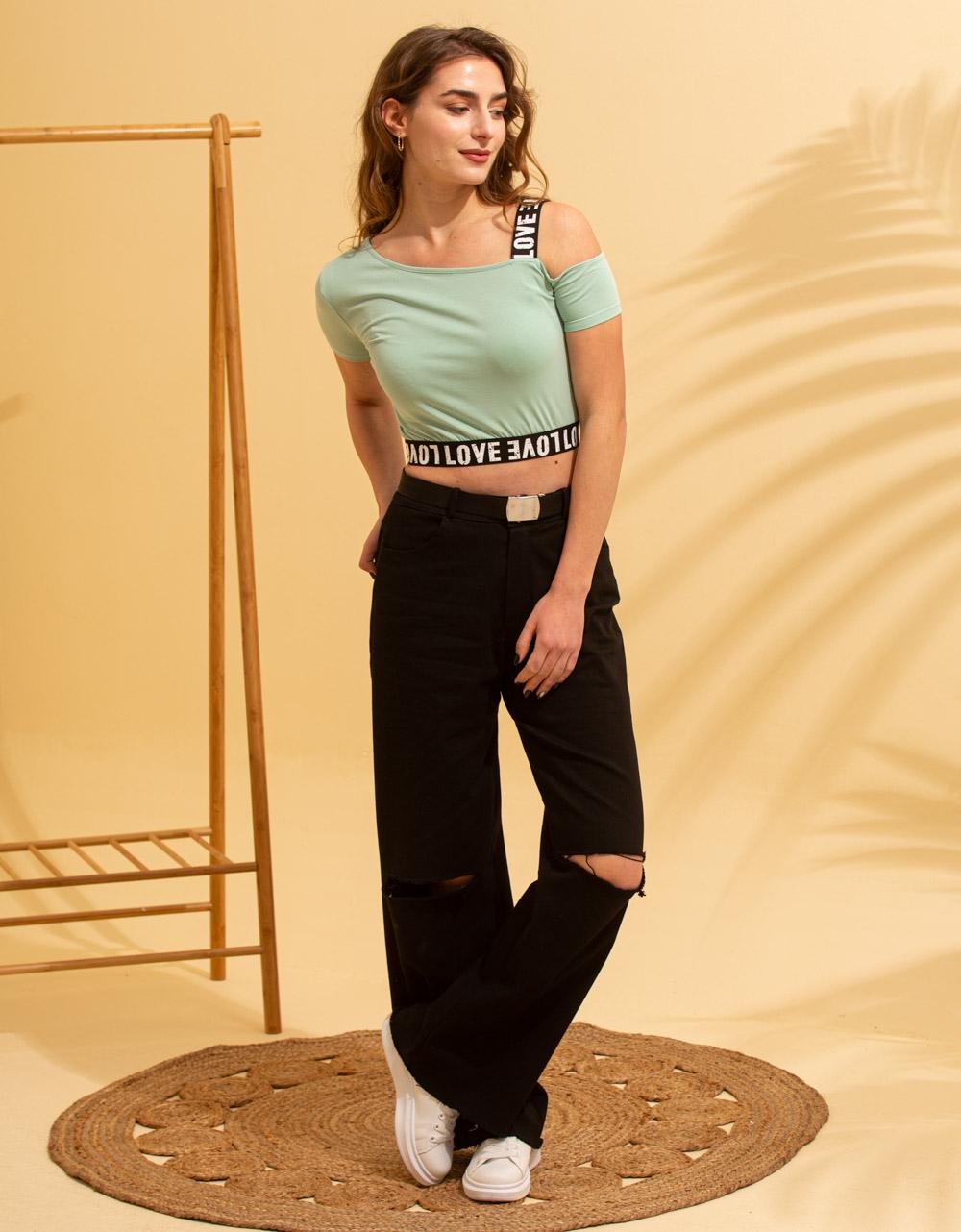 Εικόνα από Γυναικείο t-shirt με έναν ώμο Πράσινο