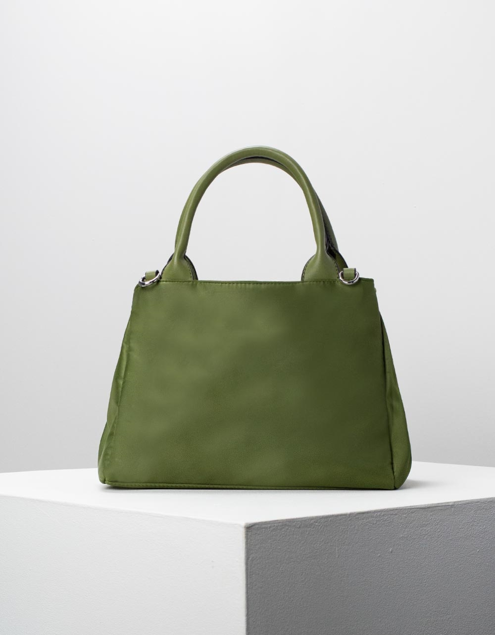 Εικόνα από Γυναικεία τσάντα χειρός με εσωτερικό τσαντάκι Πράσινο