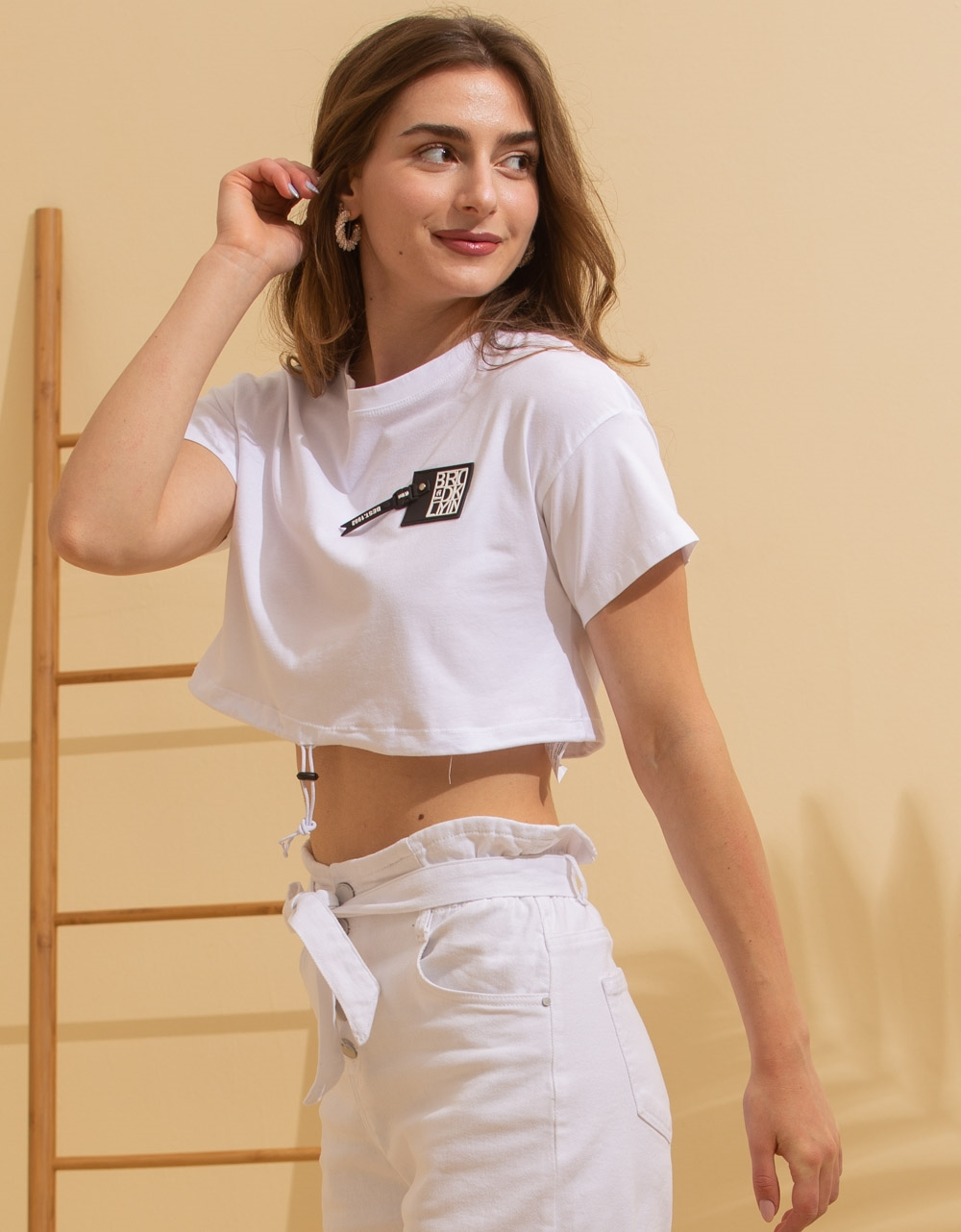 Εικόνα από Γυναικεία basic μπλούζα Λευκό