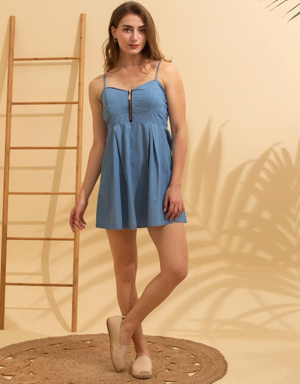 Εικόνα από Γυναικείο φόρεμα ραντάκι μίνι Μπλε