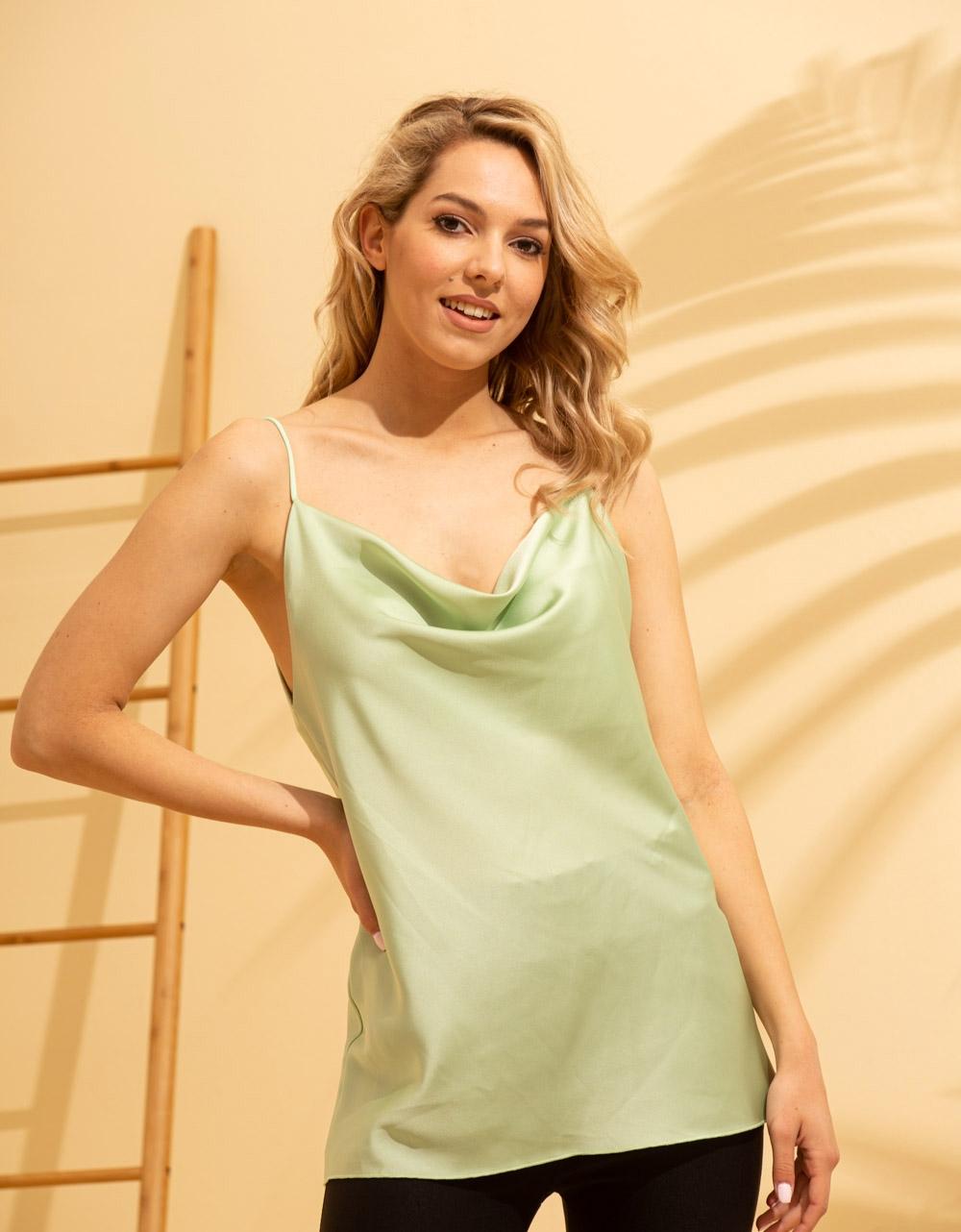 Εικόνα από Γυναικεία μπλούζα τοπ τιραντάκι σατεν Πράσινο