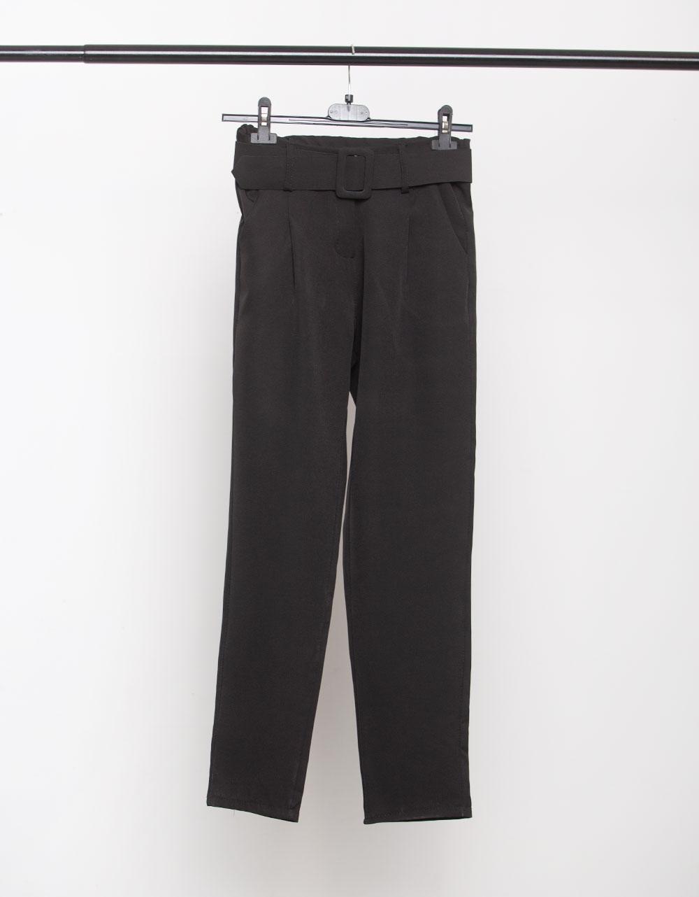 Εικόνα από Γυναικείο παντελόνι σε ίσια γραμμή με ζώνη Μαύρο