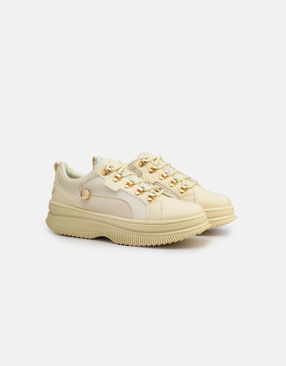 Εικόνα από Γυναικεία sneakers basic με διάτρητο σχέδιο Μπεζ