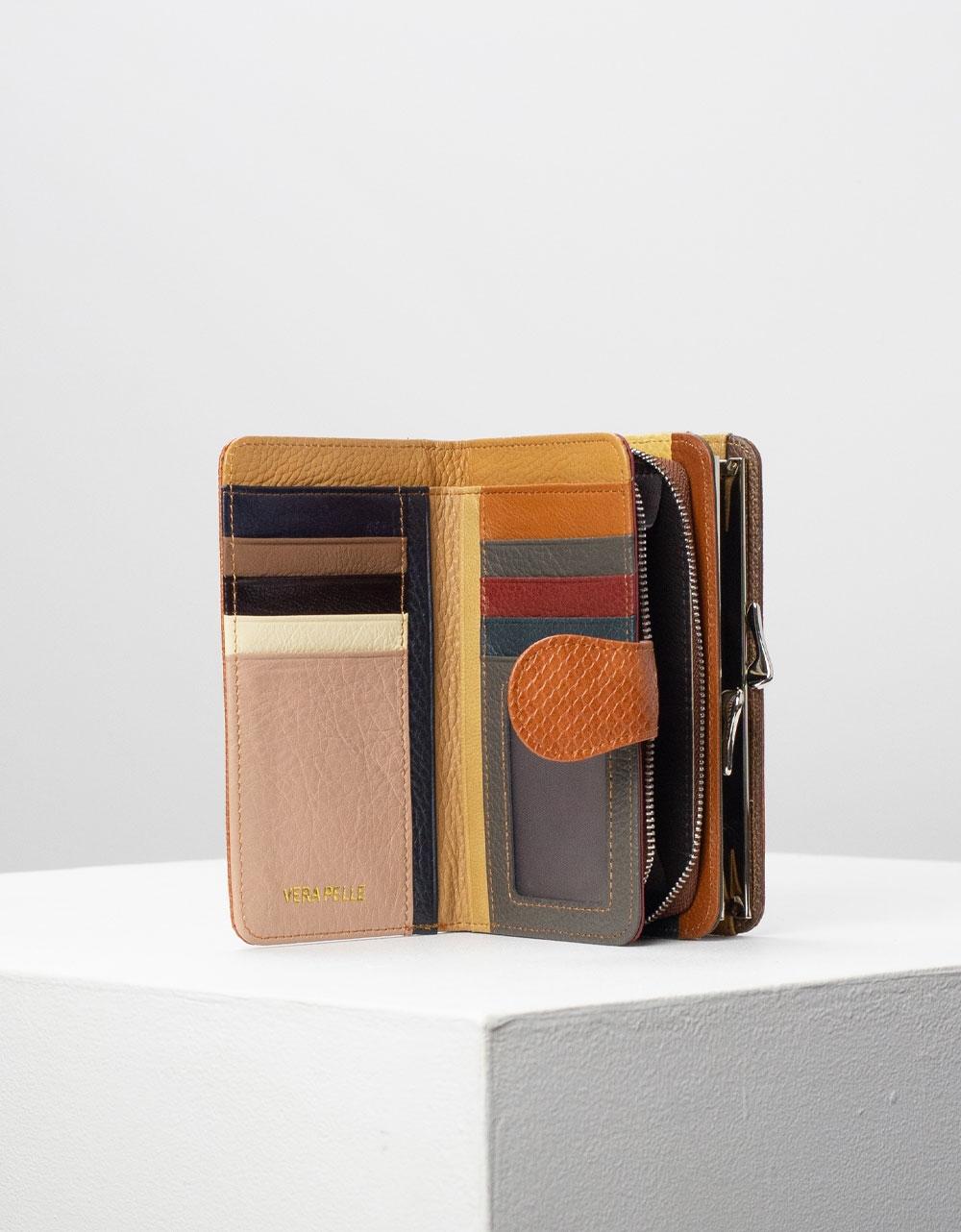 Εικόνα από Γυναικεία πορτοφόλια δερμάτινα με πολλές θήκες Ταμπά