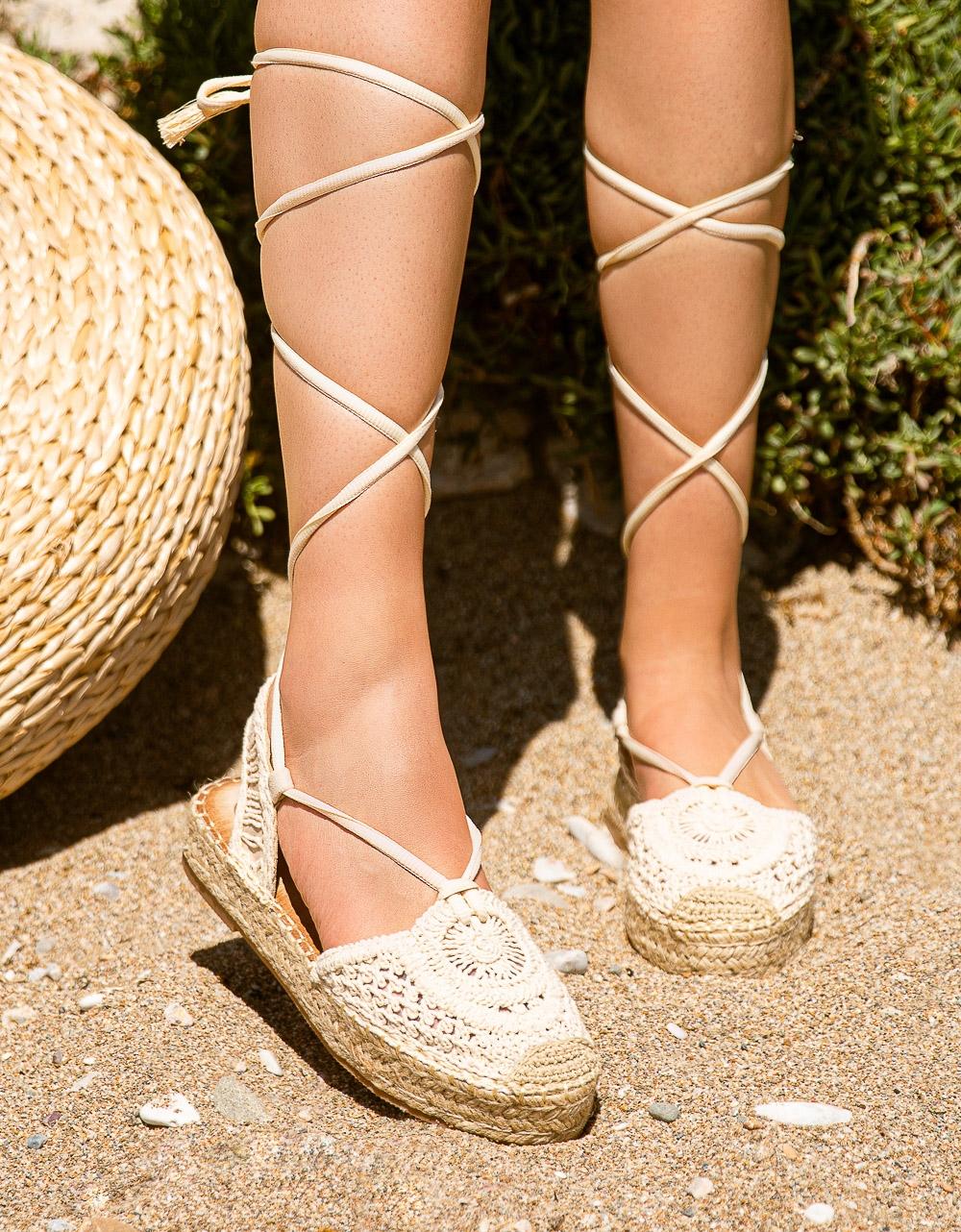 Εικόνα από Γυναικείες εσπαντρίγιες lace up με πλεκτό σχέδιο Μπεζ