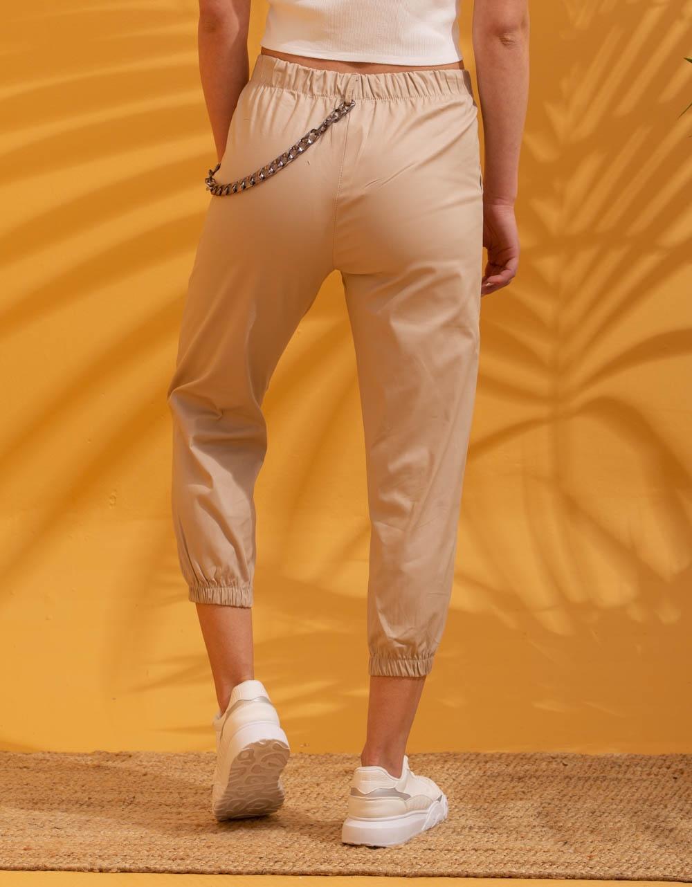 Εικόνα από Γυναικείο παντελόνι με αλυσίδα Μπεζ