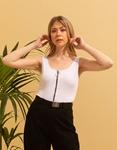 Εικόνα από Γυναικεία αμάνικη μπλούζα με φερμουάρ Λευκό