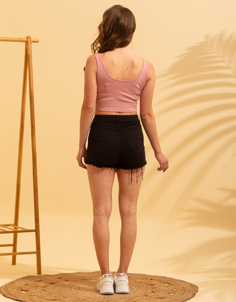 Εικόνα από Γυναικεία αμάνικη μπλούζα με φερμουάρ Σομόν