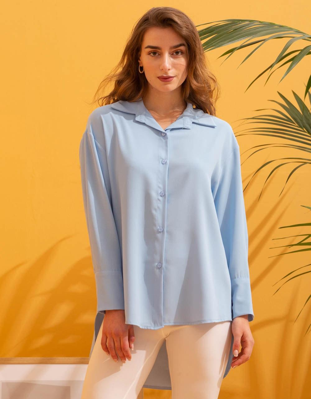 Εικόνα από Γυναικείο πουκάμισο ασύμμετρο Σιέλ