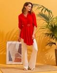 Εικόνα από Γυναικεία μπλούζα ασύμμετρη Κόκκινο
