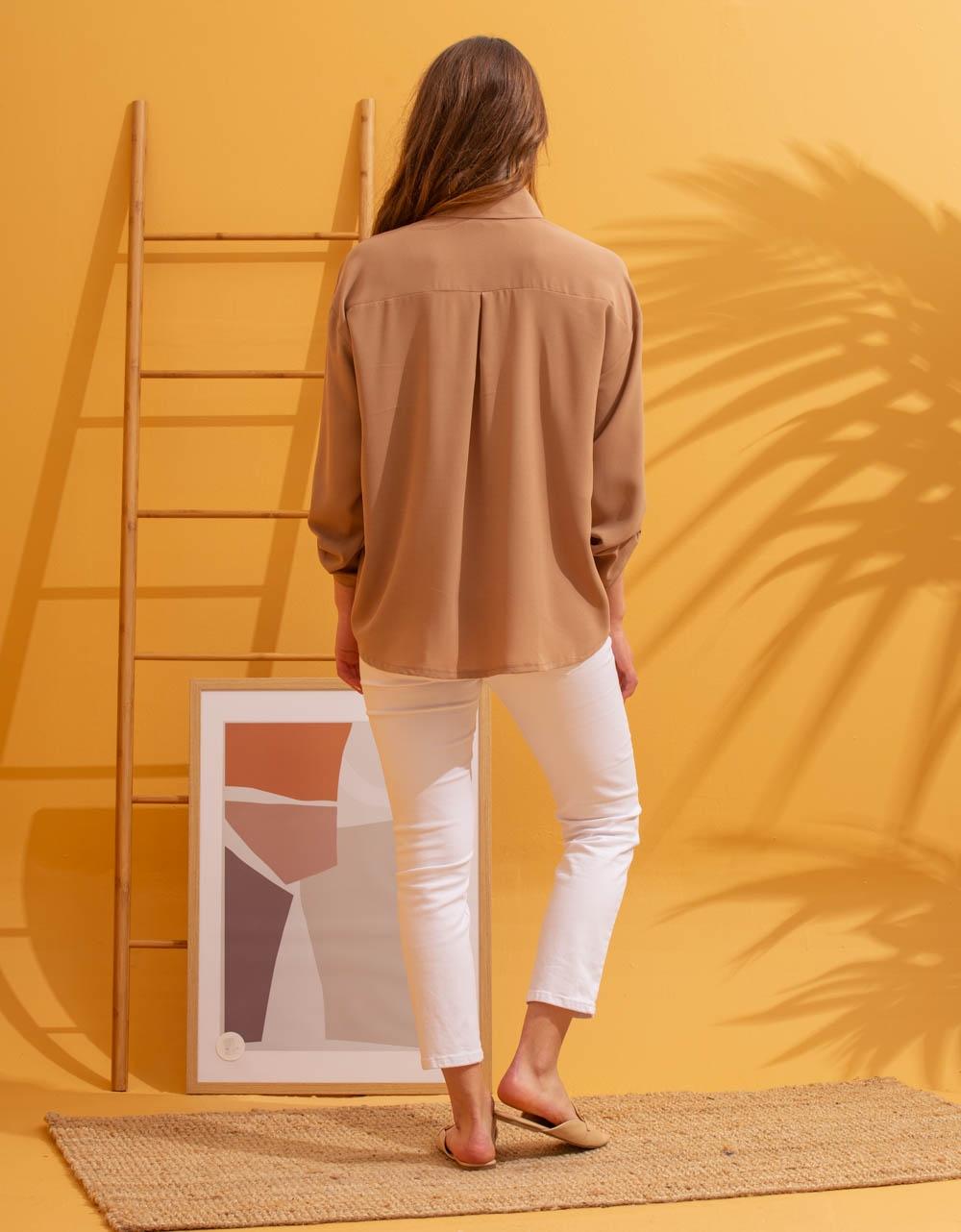 Εικόνα από Γυναικείο πουκάμισο με κουμπιά Μπεζ