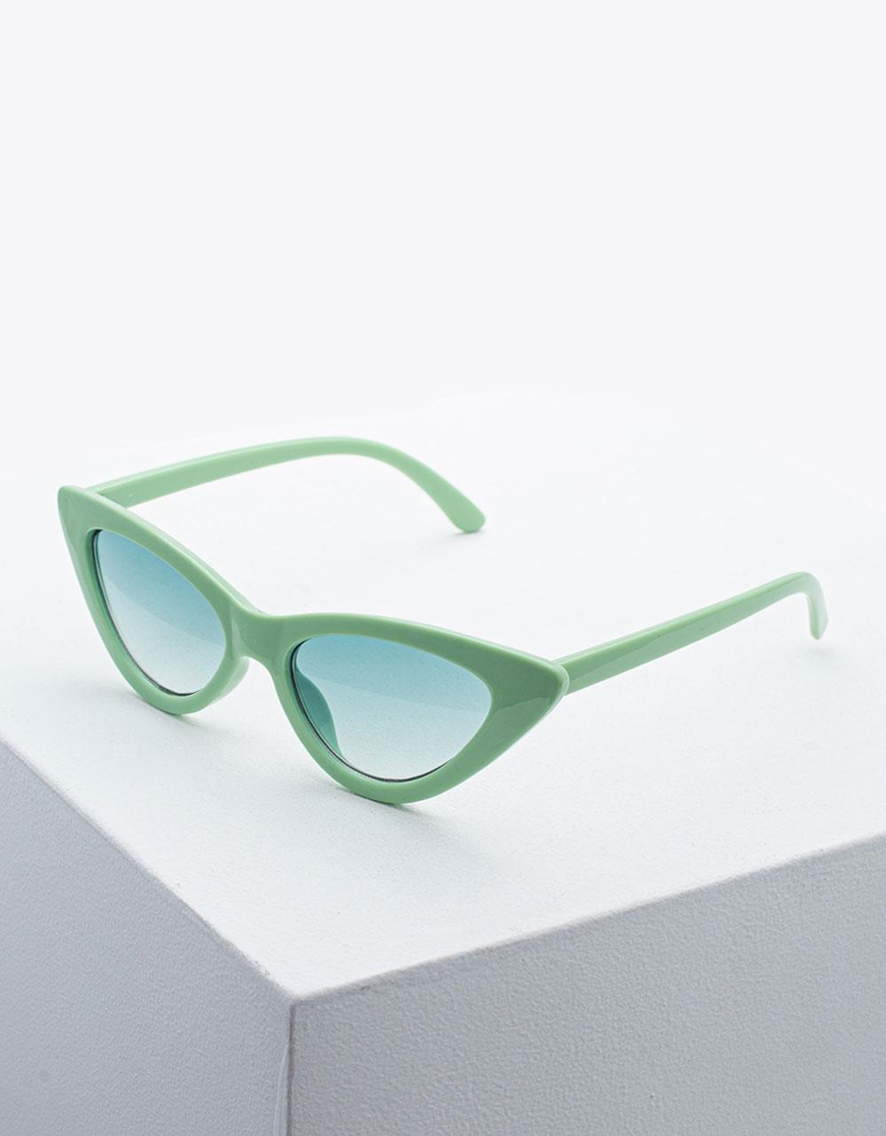 Εικόνα από Γυναικεία γυαλιά ηλίου σε σχήμα πεταλούδας Πράσινο