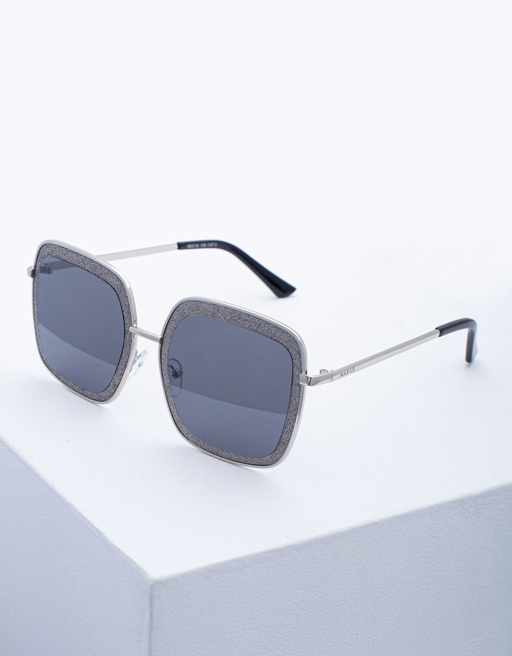Εικόνα από Γυναικεία γυαλιά ηλίου oversized με τετράγωνο σχήμα Ασημί
