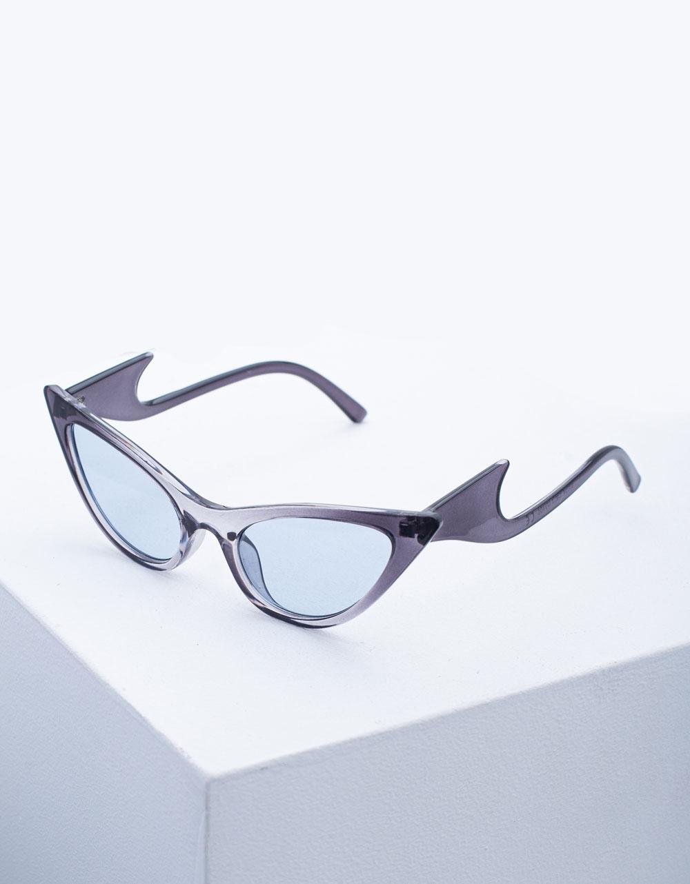 Εικόνα από Γυναικεία γυαλιά ηλίου με σχέδιο στο σκελετό Γκρι