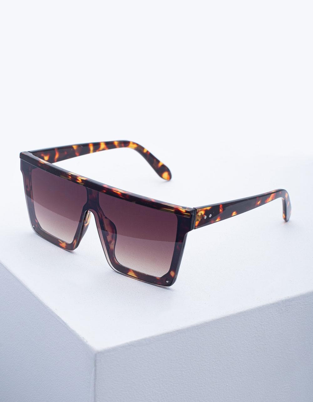 Εικόνα από Γυναικεία γυαλιά ηλίου oversized Λεοπάρ