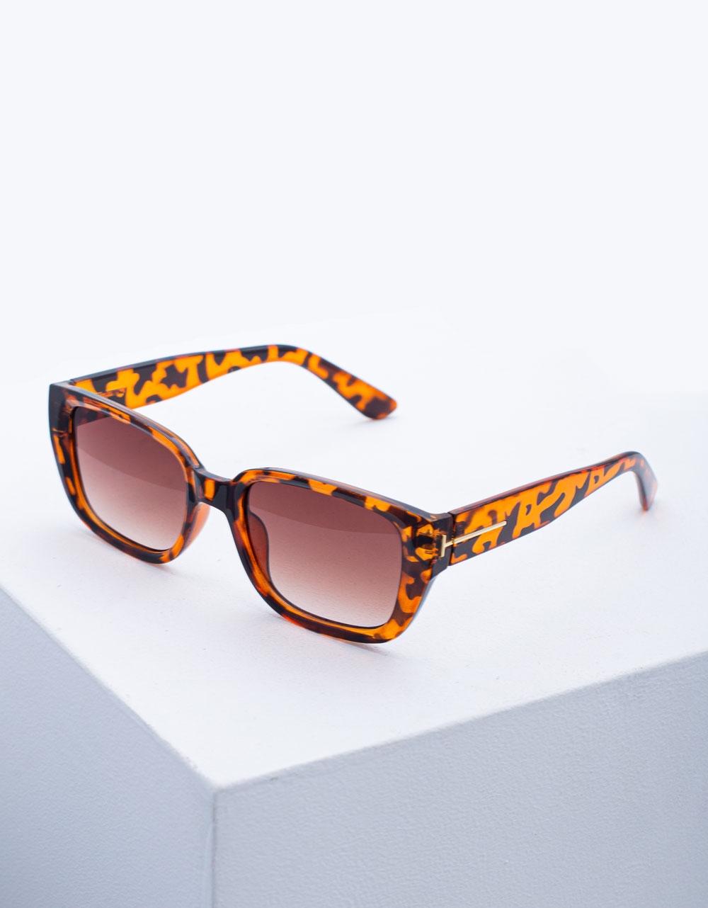 Εικόνα από Γυναικεία γυαλιά ηλίου σε τετράγωνο σχήμα Λεοπάρ