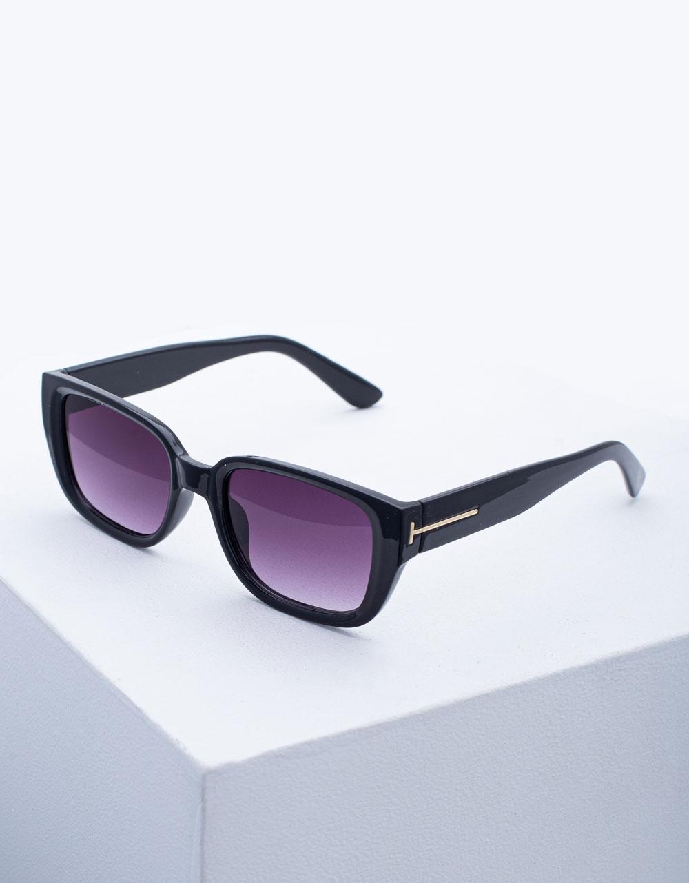 Εικόνα από Γυναικεία γυαλιά ηλίου σε τετράγωνο σχήμα Μαύρο