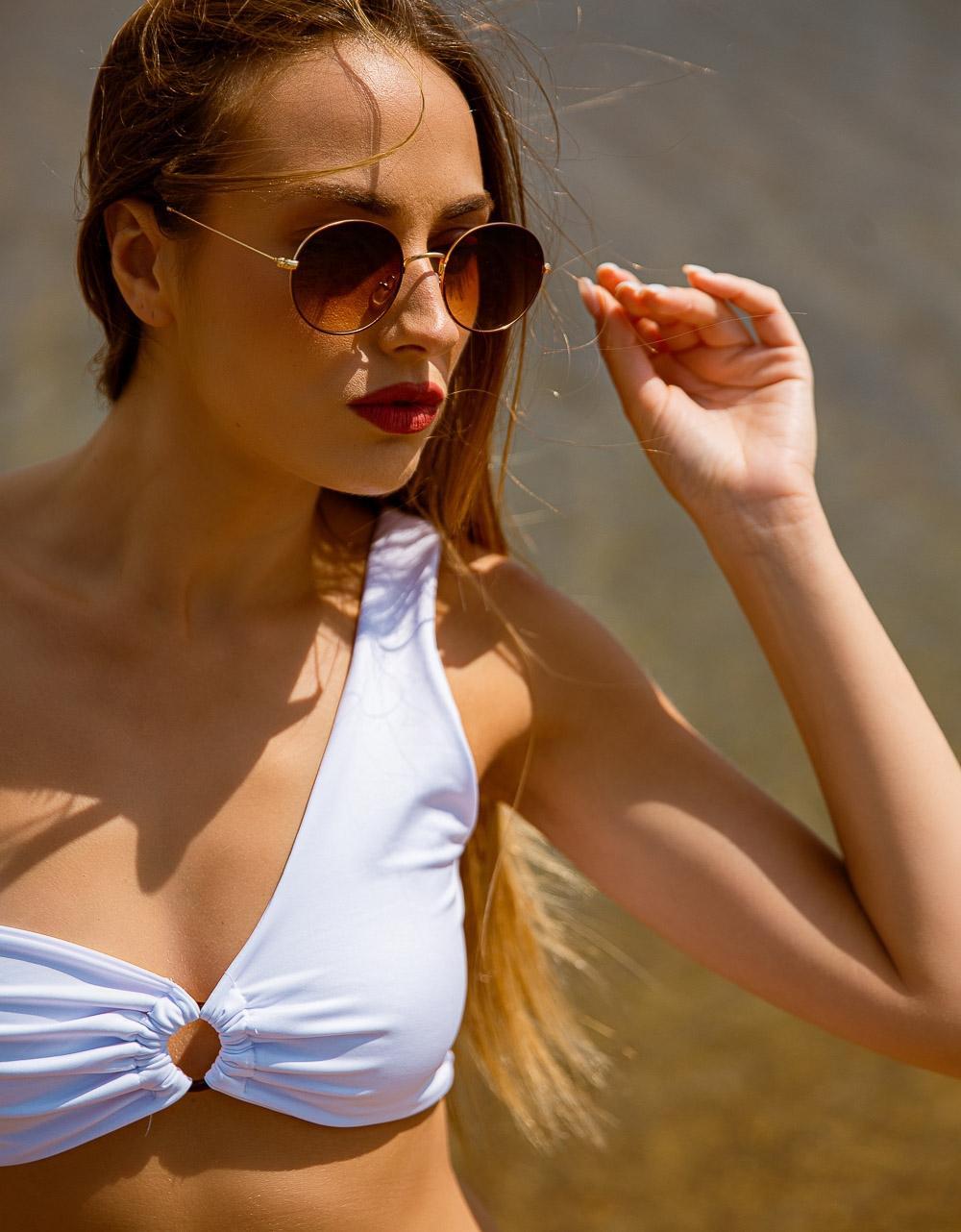 Εικόνα από Γυναικεία γυαλιά ηλίου σε στρογγυλό σχήμα Καφέ