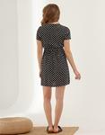 Εικόνα από Γυναικείο φόρεμα με πουά σχέδιο Μαύρο