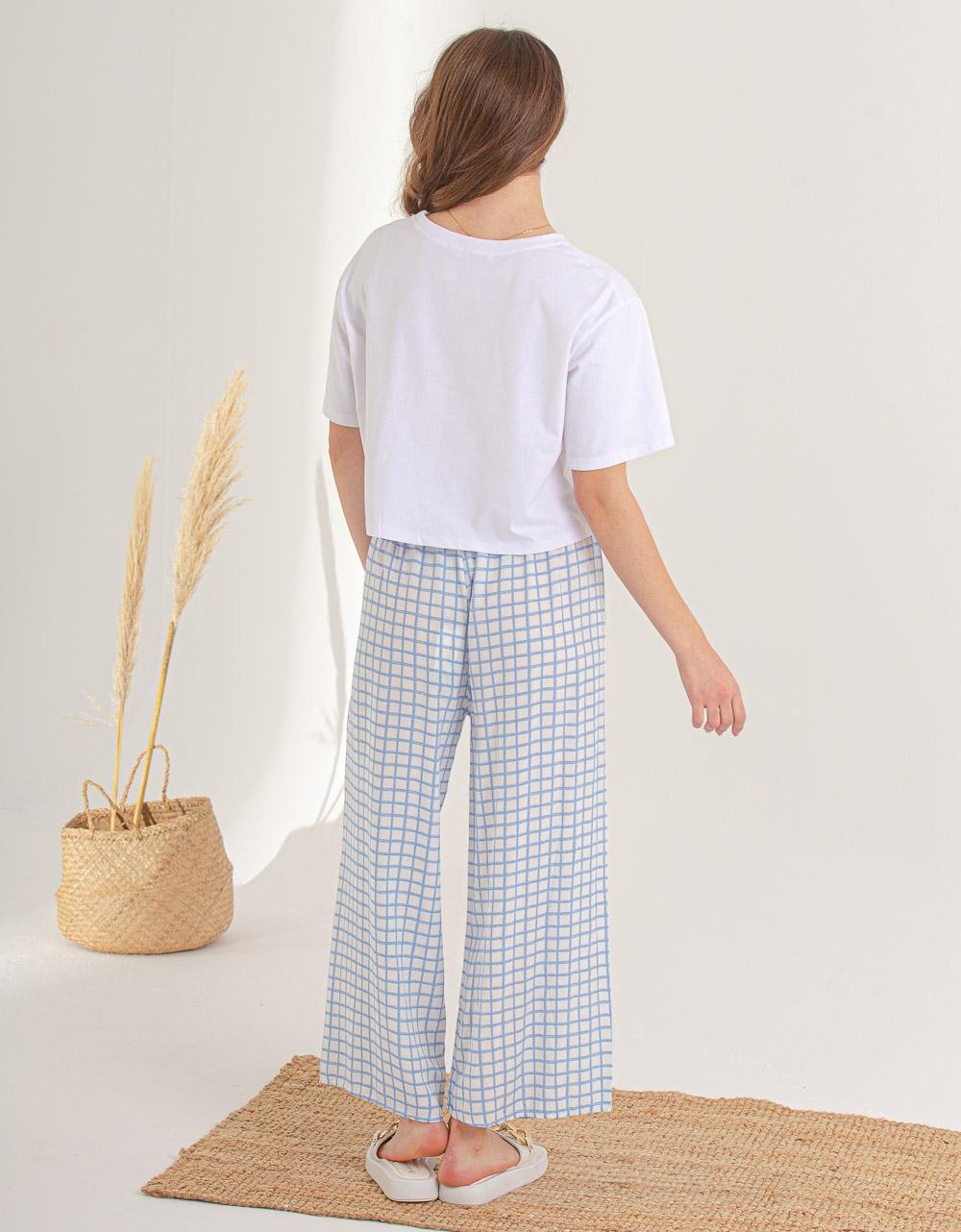 Εικόνα από Γυναικεία κοντομάνικη μπλούζα basic Λευκό