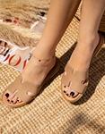 Εικόνα από Γυναικεία σανδάλια φλατ από γνήσιο δέρμα με ανοίγματα στη φάσα Πούρο