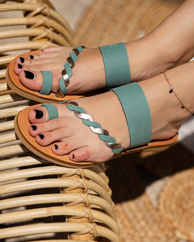 Εικόνα από Γυναικεία σανδάλια από γνήσιο δέρμα με περαστό κοτσιδάκι Βεραμάν
