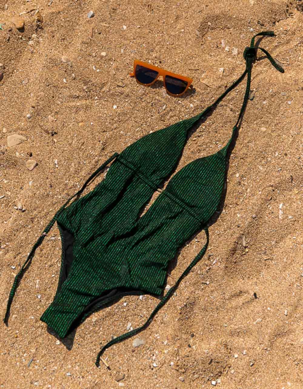 Εικόνα από Γυναικείο μαγιό lurex ολόσωμο με βαθύ άνοιγμα Πράσινο
