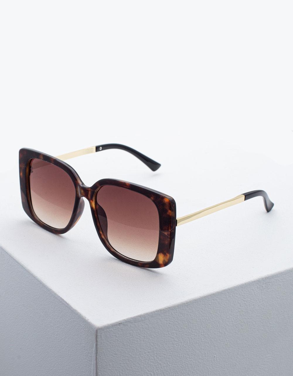 Εικόνα από Γυναικεία γυαλιά ηλίου σε τετράγωνο σχήμα Καφέ