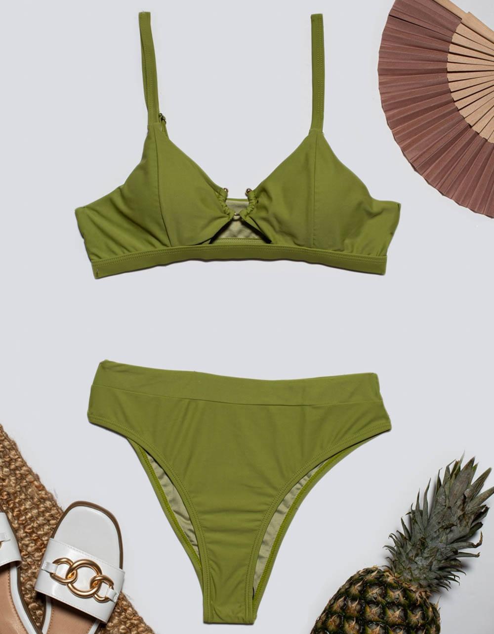 Εικόνα από Γυναικεία μαγιό σετ μπικίνι με μεταλλικό διακοσμητικό Πράσινο