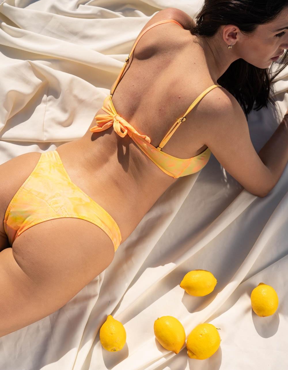 Εικόνα από Γυναικεία μαγιό σετ μπικίνι tie dye Κίτρινο