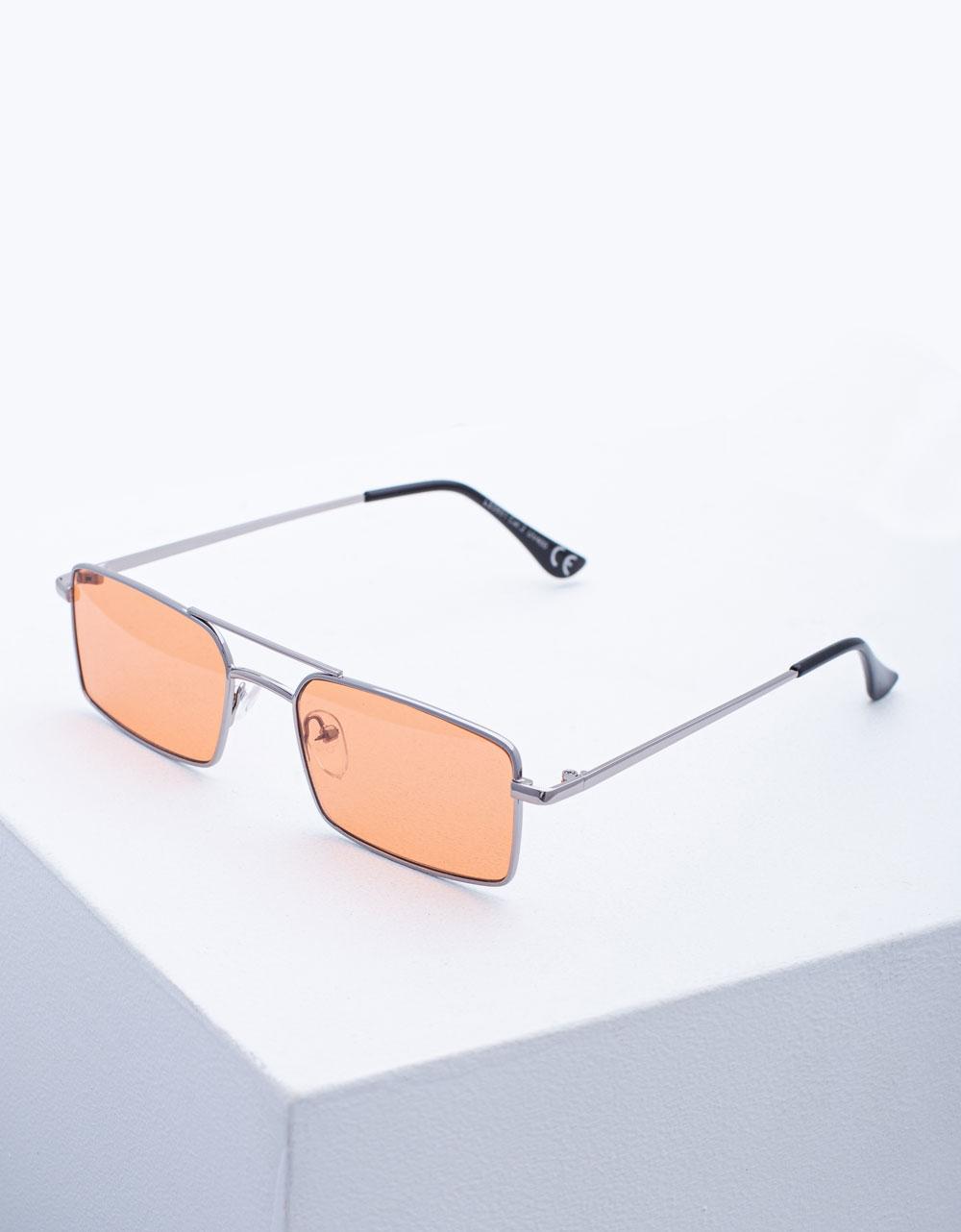 Εικόνα από Γυναικεία γυαλιά ηλίου με λεπτό σκελετό Σομόν