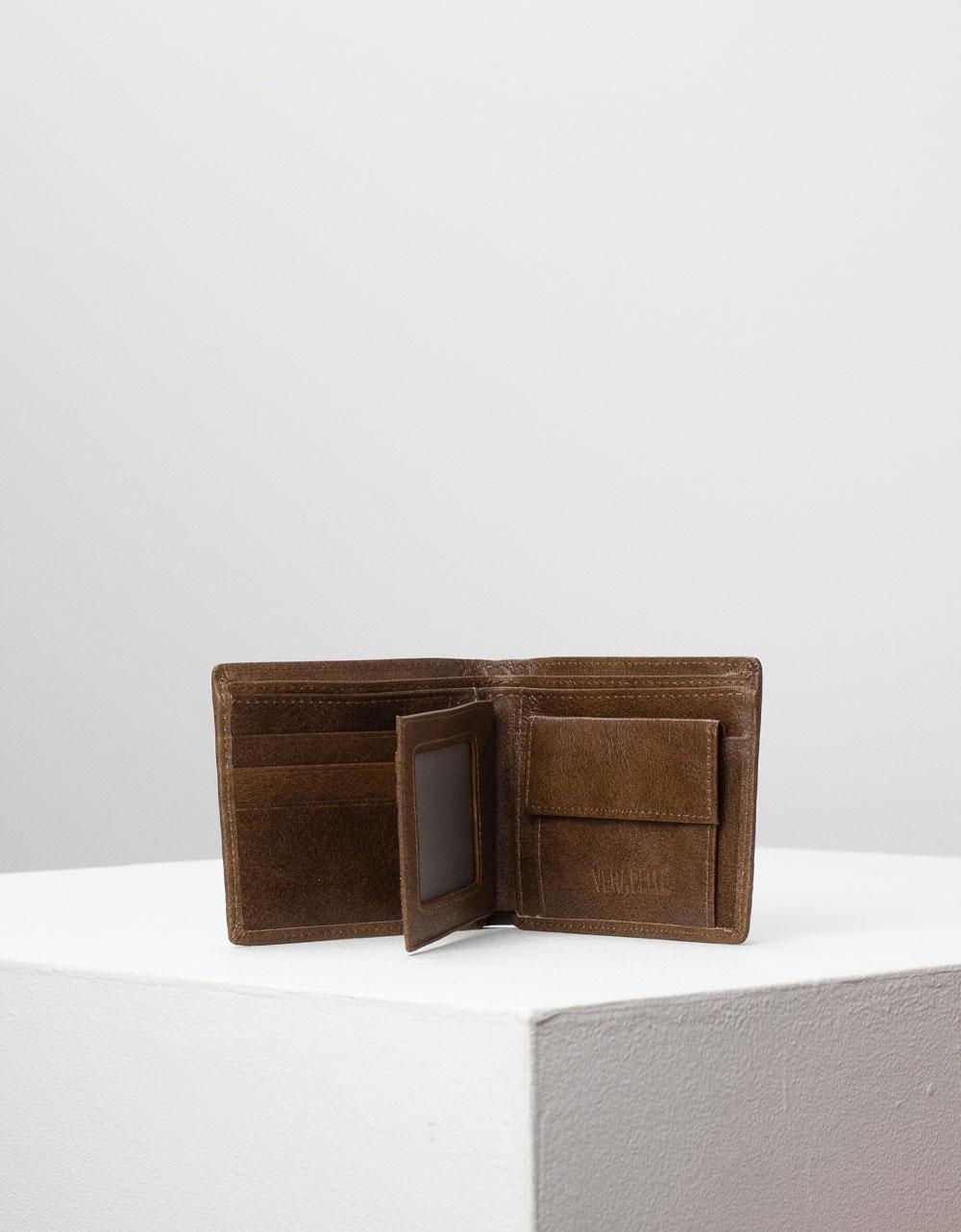 Εικόνα από Ανδρικά πορτοφόλια δερμάτινα με διακοσμητική ραφή Πούρο