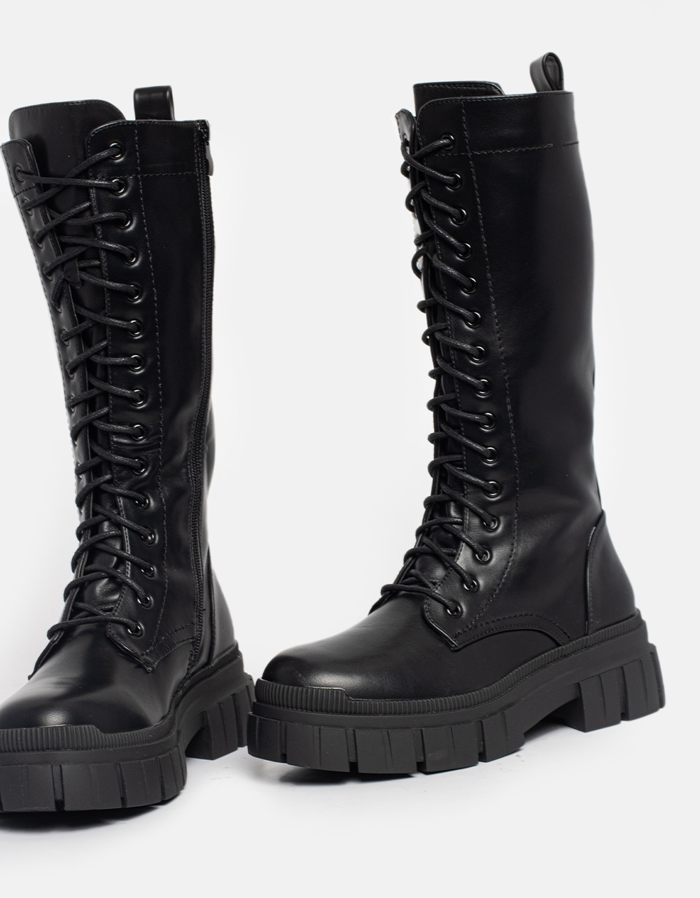 Εικόνα από Γυναικείες μπότες με διακοσμητικές ραφές Μαύρο