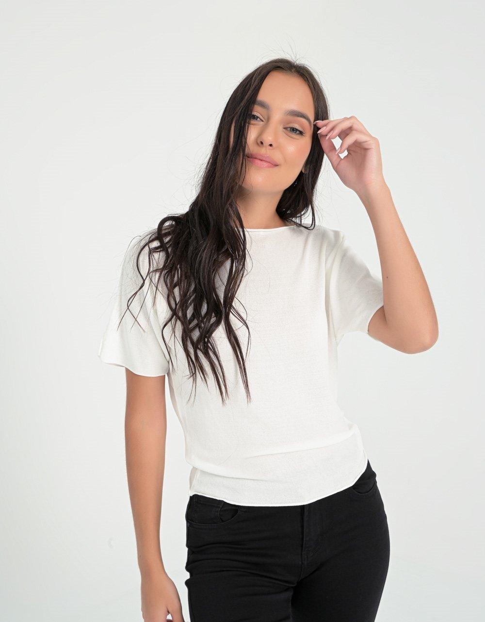 Εικόνα από Γυναικεία μπλούζα σε λεπτή ύφανση Λευκό
