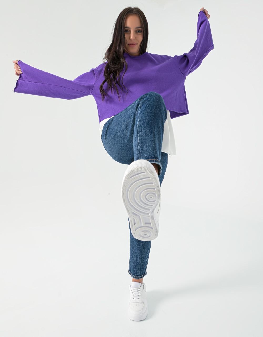 Εικόνα από Γυναικεία μπλούζα φούτερ σε φαρδιά γραμμή Μωβ